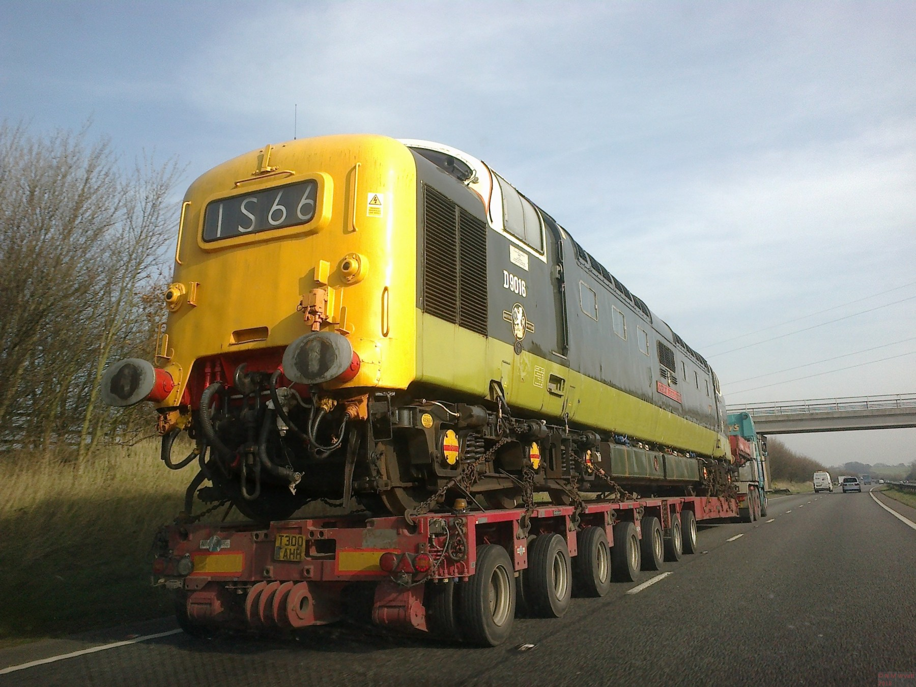 Deltic D9016 in transit on the A50 in 2014